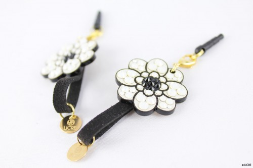 スワロフスキーデコレーションPlug-accessories-Lace-flower-Flower-main-02
